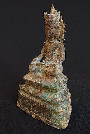15e eeuwse Arakan Boeddha