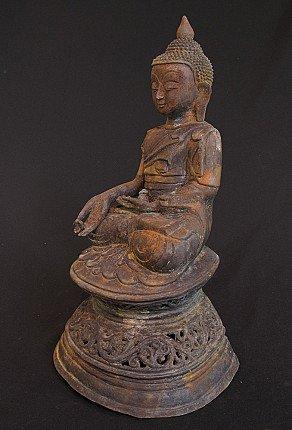 Old bronze Shan Buddha