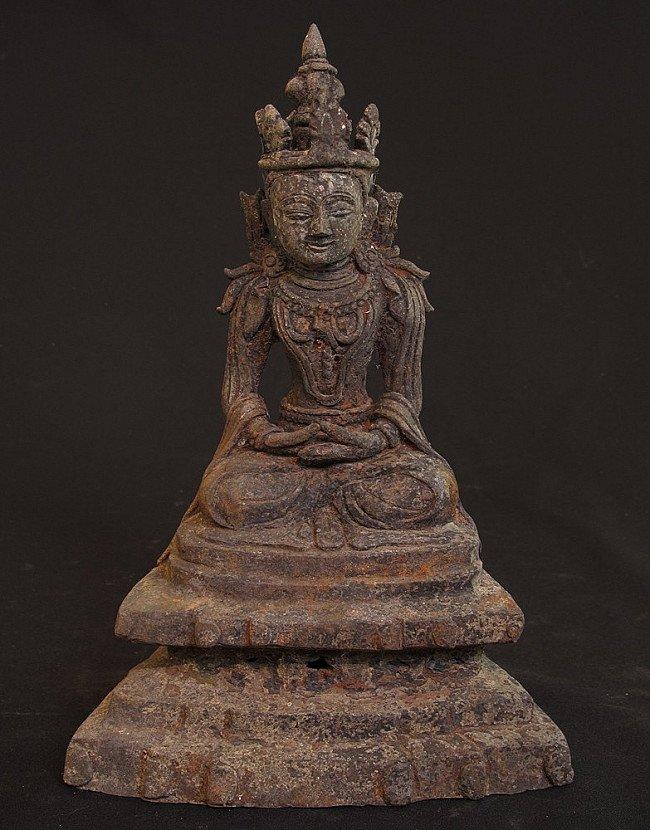 Old bronze Arakan Buddha