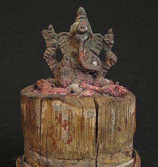 Old Ganesha on bamboo