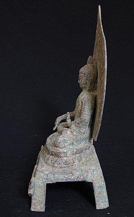 Oude Chinese Boeddha