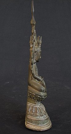 Antique crownded Shan Buddha
