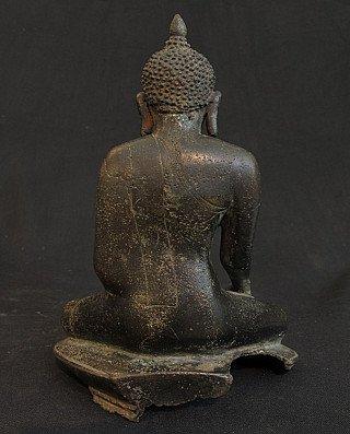11-12e eeuwse Bagan Boeddha
